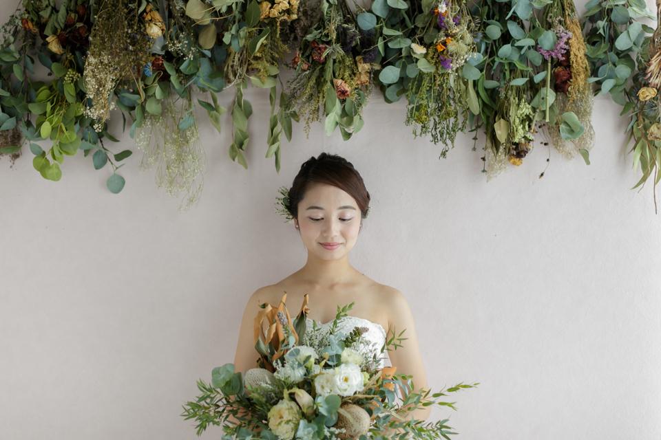 studio_dress_white_0001_s
